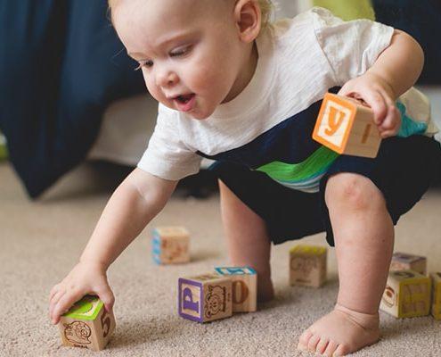 بازی با کودک یک ساله تا 3 ساله