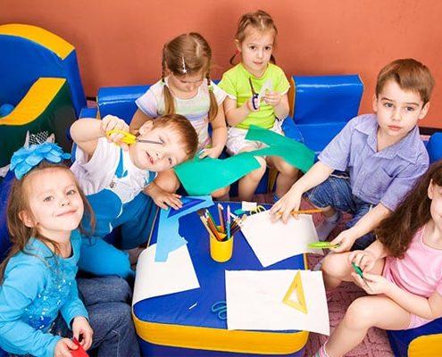 بازی های گروهی در مهد کودک